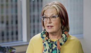 Image of Louise Bradley speaking